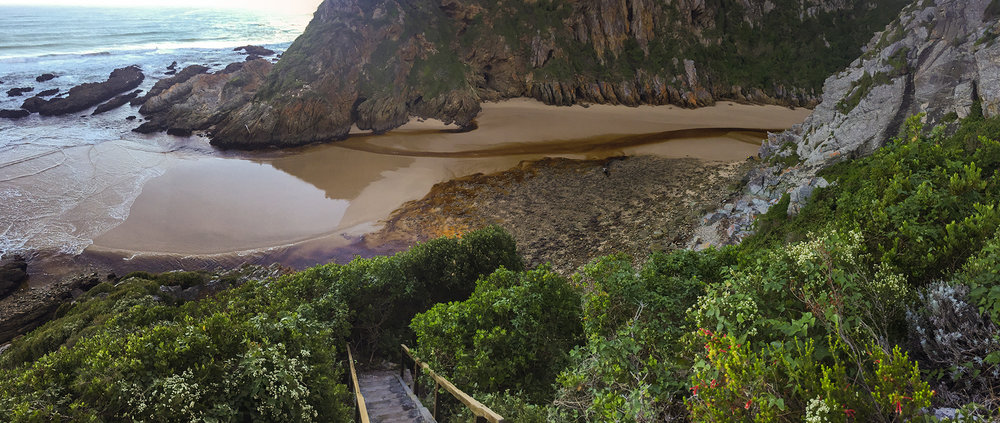 The Bloukrans River at 08:45AM during low tide.  Click to expand.