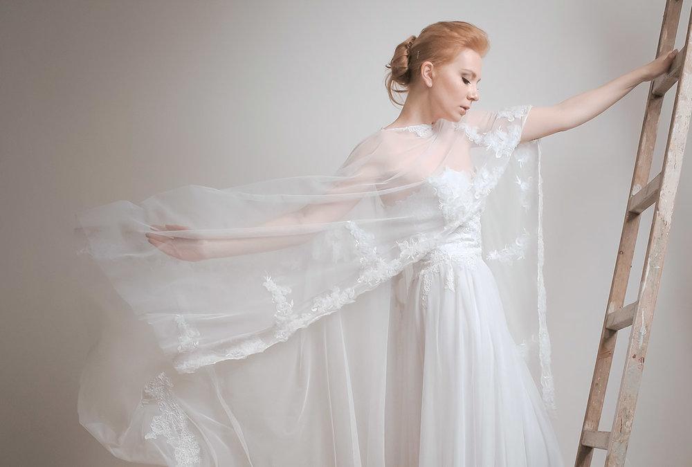 Νυφικά φορέματα ALKMINI