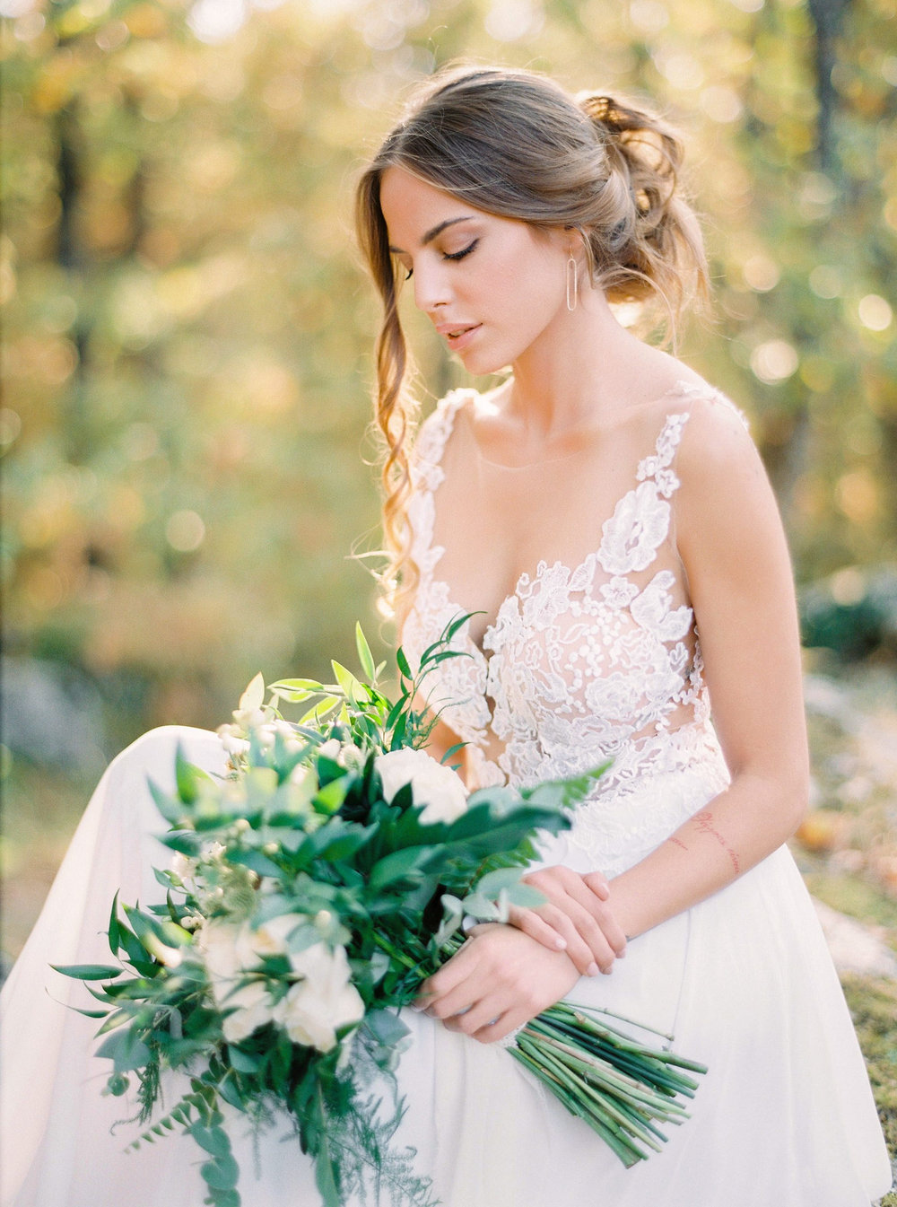 Bridal dress: ALKMINI, Photo credits: The Secret Owl Team