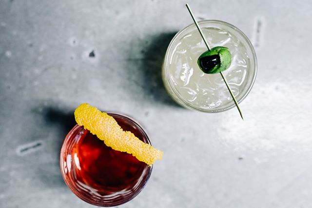 Our 'TAN gin in a classic Negroni and in a bright summer cocktail. A little Old School VS New School. ⠀⠀⠀⠀⠀⠀⠀⠀⠀ ⠀⠀⠀⠀⠀⠀⠀⠀⠀ What's your favorite gin based cocktail?⠀⠀⠀⠀⠀⠀⠀⠀⠀ -⠀⠀⠀⠀⠀⠀⠀⠀⠀ -⠀⠀⠀⠀⠀⠀⠀⠀⠀ -⠀⠀⠀⠀⠀⠀⠀⠀⠀ -⠀⠀⠀⠀⠀⠀⠀⠀⠀ #sevencaves #sevencavesdistillery #sevencavestastingroom #sevencavessandiego #youstaythirstysd #sandiegobarscene #graintoglass #sandiegodistilling #distillery #distilling #gin #whiskeylover #ginlover #bourbonlover #vodkarevolution #sandiegodrinking #sandiegofoodbloggers #sandiegofoodie #sandiegofood #sdfoodie #sdfoodies #sandiegofoodies  #drinksandiego  #drinkstagram  #sandieogeater #zagat #coastcreative  #foodiesofig #foodofig #sandiegodistillery