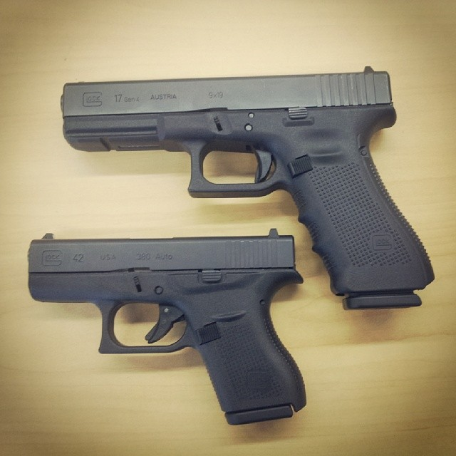 Glock 42 vs 17 Gen 4 size comparison