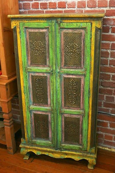 Tin cabinet