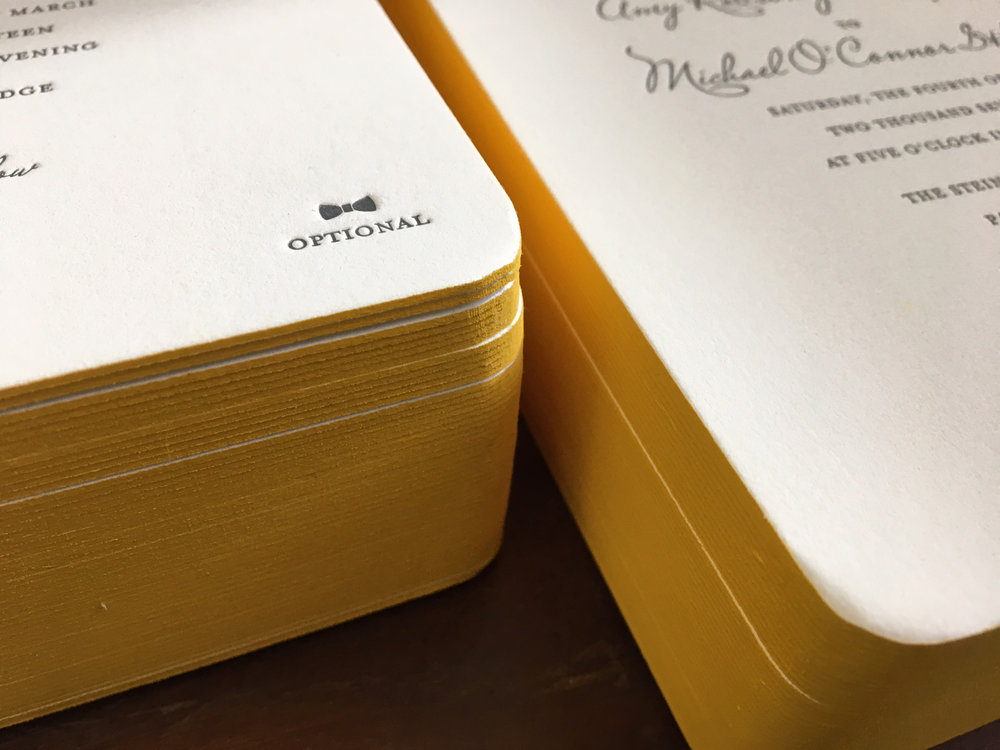 Yellow-Edgepainting-Letterpress-Winter-Wedding