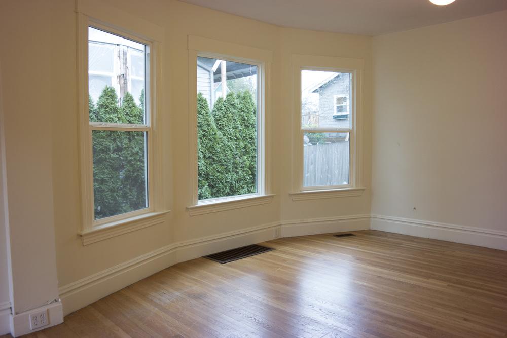 07-Livingroom4.jpg