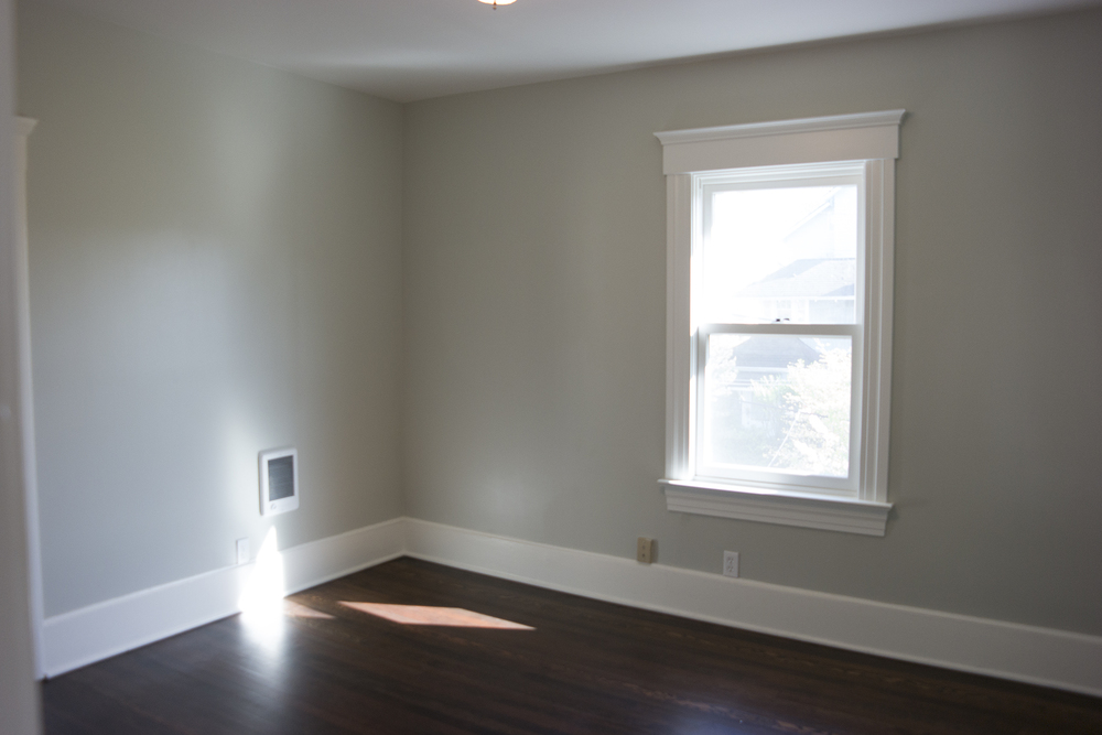 12-Bedroom1.jpg