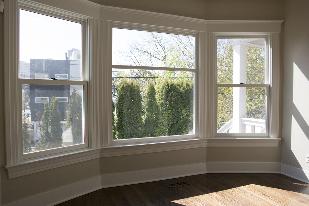 37-Front Window.jpg