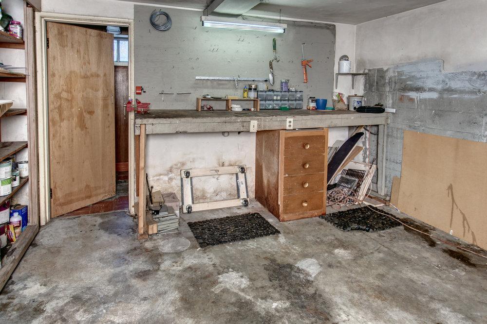 18- Garage01.jpg