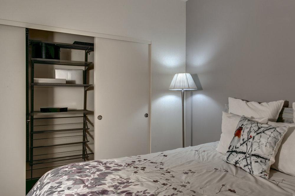 12-Bedroom04.jpg