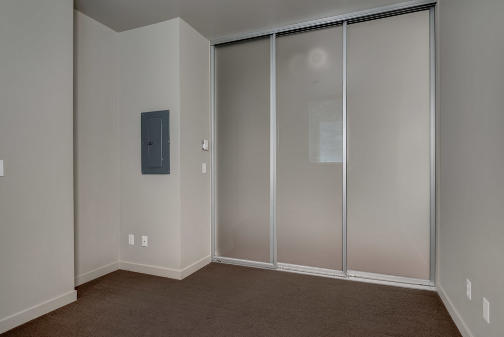 18-Bedroom05.jpg