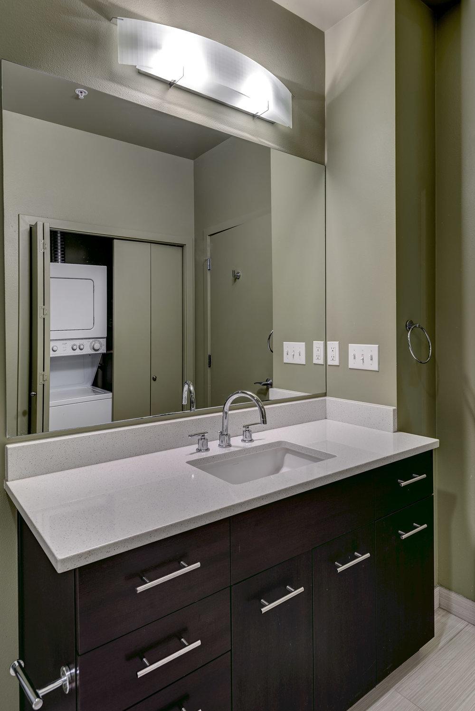 21-Bath02.jpg