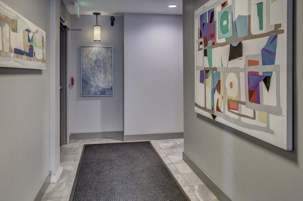 26-Lobby02.jpg