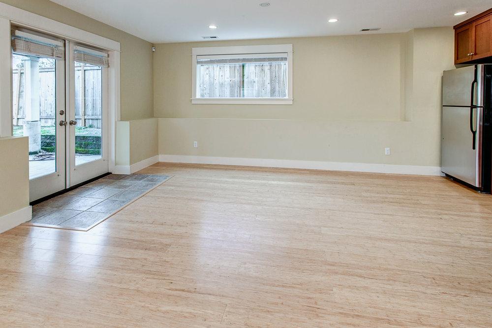 19-Apartment03.jpg