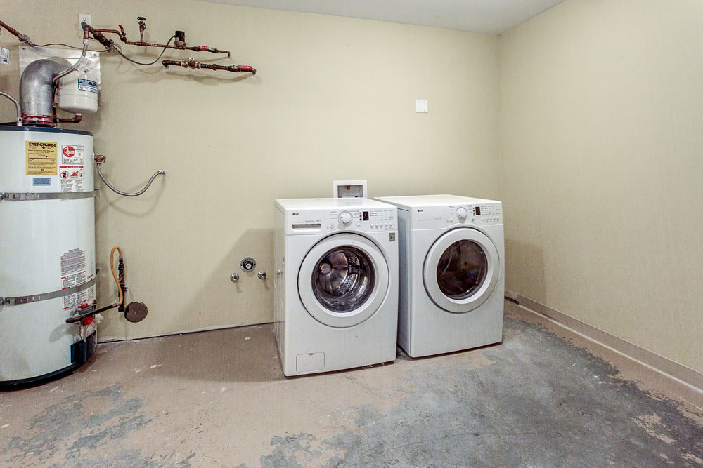 Apartment09.jpg