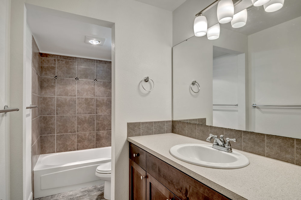14-Bath01.jpg