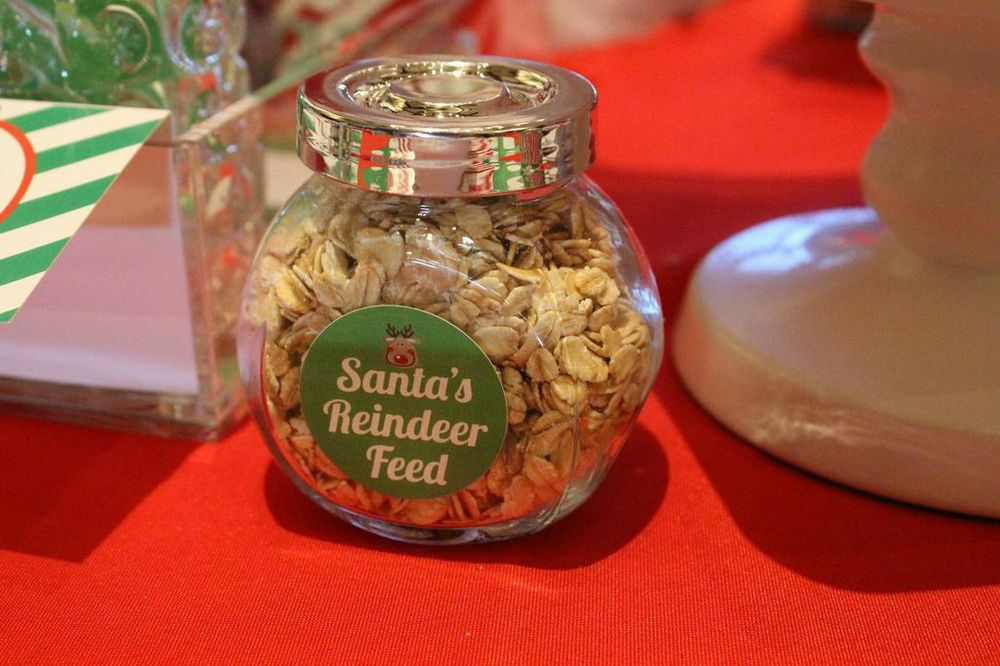 favor reindeer food custom label