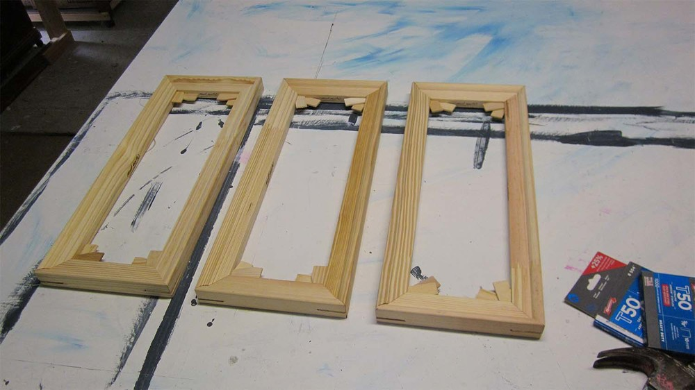 Stretcher bars for triptytch
