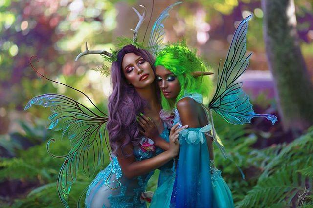 Fae sister magic 💫💚💜✨ So happy to have modeled with gorgeous @riiottt for @simplysavannahart 💐 Photog: @simplysavannahart Assistance: @morgin_riley @officialstori  My ensemble: @creaturehabits @riiott's ensemble: @fireflypath Makeup: @ramseyaguilera Wings @fancyfairyangela  #fairytale #fantasyphotography #fairy #faerie #nymphs #fairygarden #fairytale #fairydress