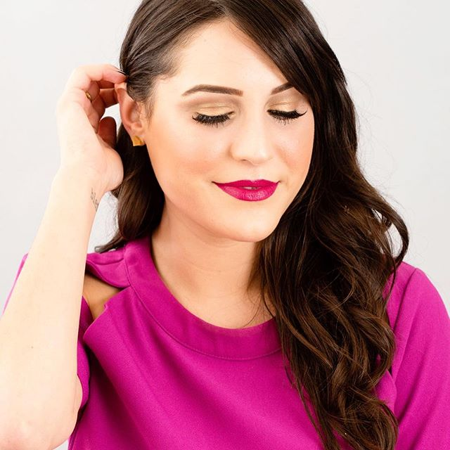 Beauty editor-approved: Learn how to get the *perfect* summer smokey eye in just a few steps! Click the link in profile for the tutorial link. #britstagram #diy