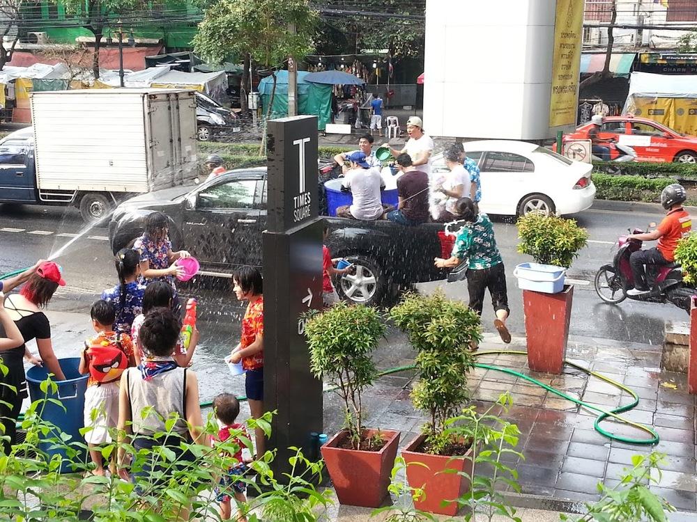 Songkran.jpg