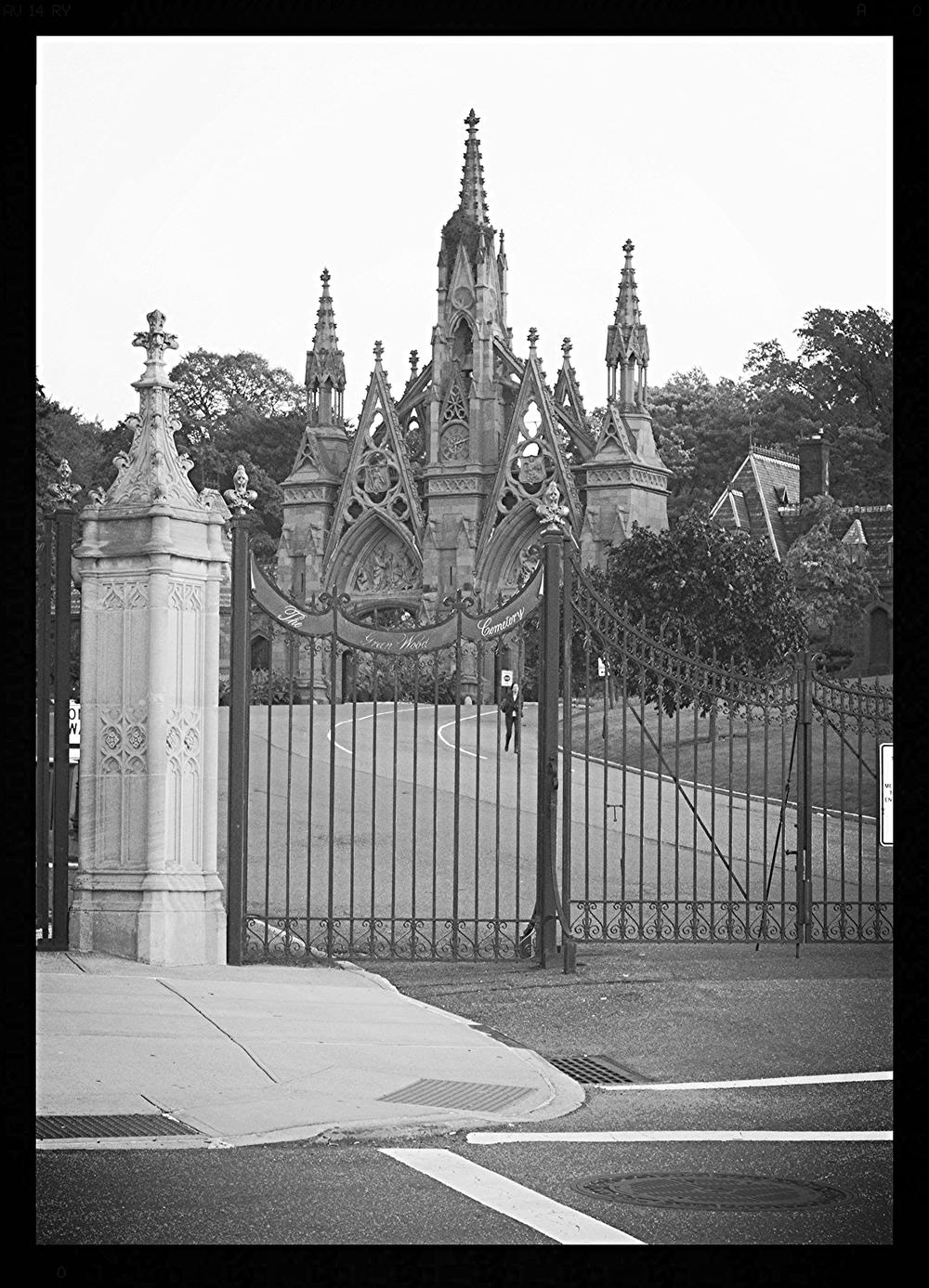 Castillo en el cementerio de Brooklyn. Nueva York, Estados Unidos -Octubre 2014