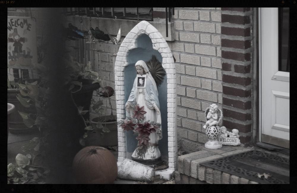 Decoración tema Halloween. Brooklyn,Nueva York, Estados Unidos Octubre 2014