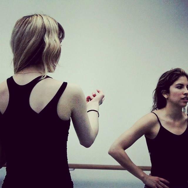 """""""Me resulta muy importante escuchar al coreógrafo. La idea es poder interpretarqué es lo que quiere, ver lo que lográs y luego, pulir el movimiento."""""""