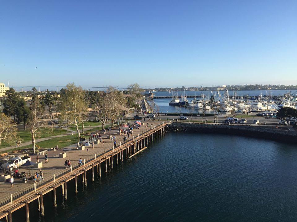 Desde el USS Midway Museum, sobre la cubierta de vuelo. San Diego, CA, EEUU.Febrero 2016