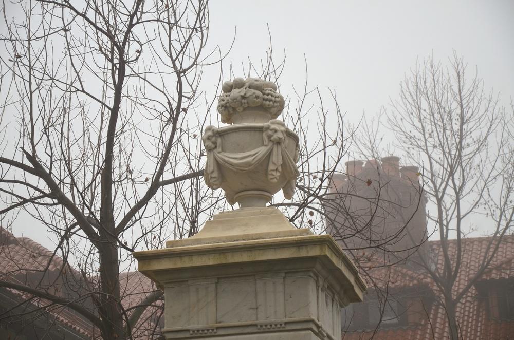 Faircourt Fog Ext Courtyard Close_up.jpg