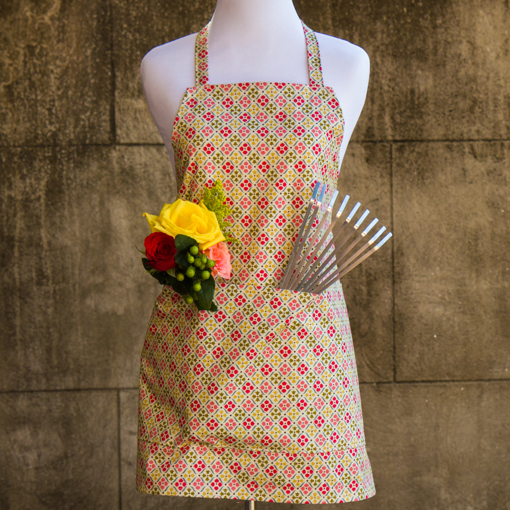 Garden Apron Made by For the Love of Pattern #loveofpattern www.loveofpattern.com