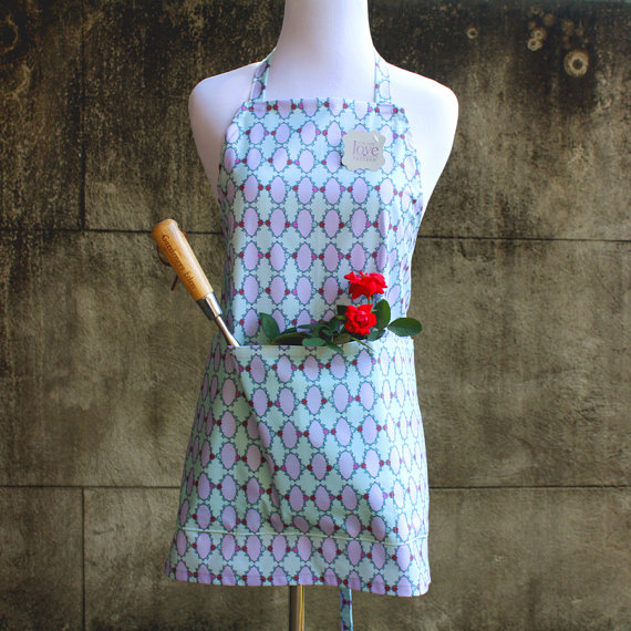 Time Frames Love of Pattern Apron #loveofpattern www.loveofpattern.com