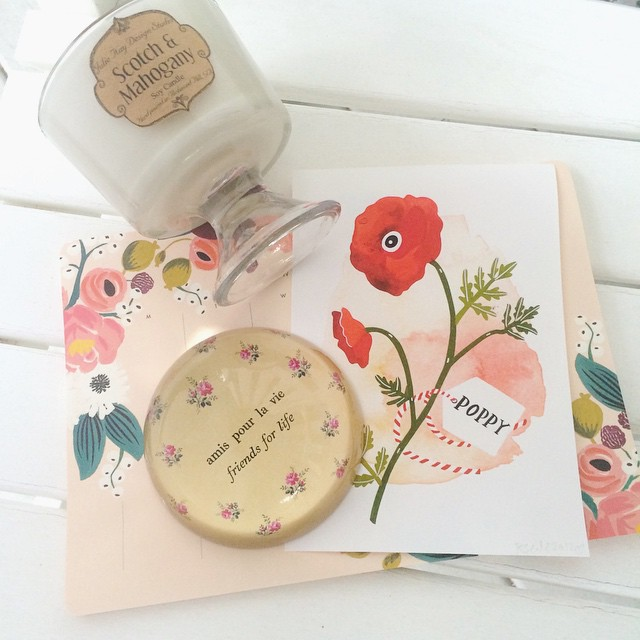 Just a few pretty things I couldn't leave behind while shopping at Lily Bay Studio + Bazaar. Scotch & Mahogany Soy Candle by Julie Kay Design Studio; Friends for Life Paperweight by Sugarboo Designs; Weekly Desk Pad by Rifle Paper Co; and a beautiful Poppy Art Print.
