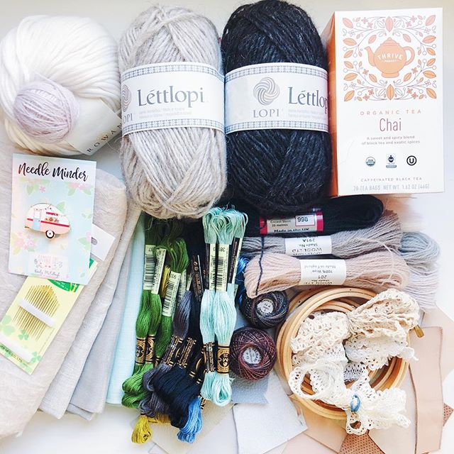 Now that my FibreShare partner has opened her package I can share what I sent her. I had so much fun curating this collection for @mattsonmadeshop 😊 - Wool and Cotton skeins from @thefrayedknot  Tea from @thrivemkt  Needle minder from @flamingotoes  Silk, vintage lace trims, leather scraps, perle cotton from @measurefabric  Embroidery floss from @everything_cross_stitch  Crewel skeins, linens, needles from @purlsoho