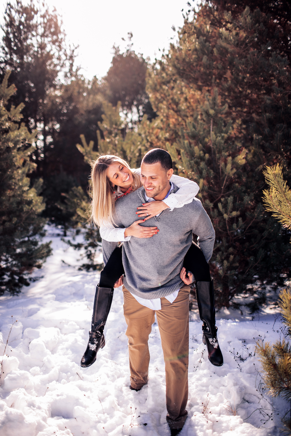 WINTER ENGAGEMENT SESSION CAROL AND JEREMY_11.JPG