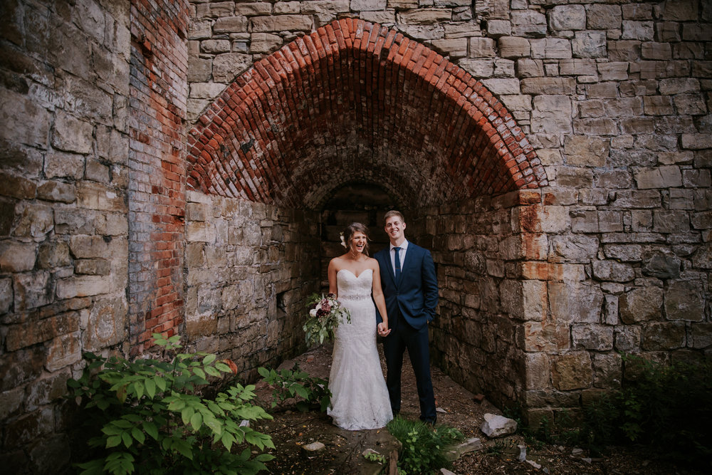 northern_michigan_summer_beach_wedding_elberta_life_saving_station_pop_mod_photo_576.JPG