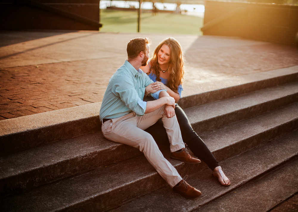 bay_city_downtown_engagement_session_pop_mod_photo_breanna_christopher_41.jpg