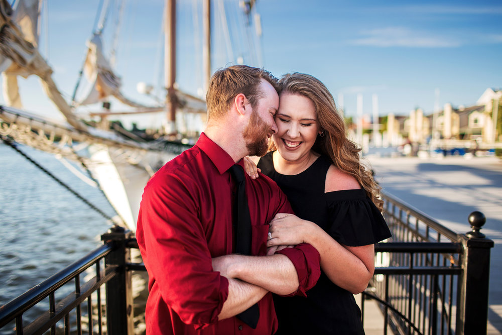 bay_city_downtown_engagement_session_pop_mod_photo_breanna_christopher_37.jpg
