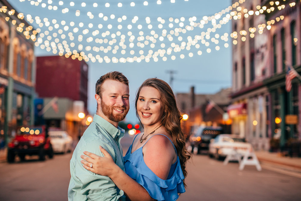 bay_city_downtown_engagement_session_pop_mod_photo_breanna_christopher_63.jpg