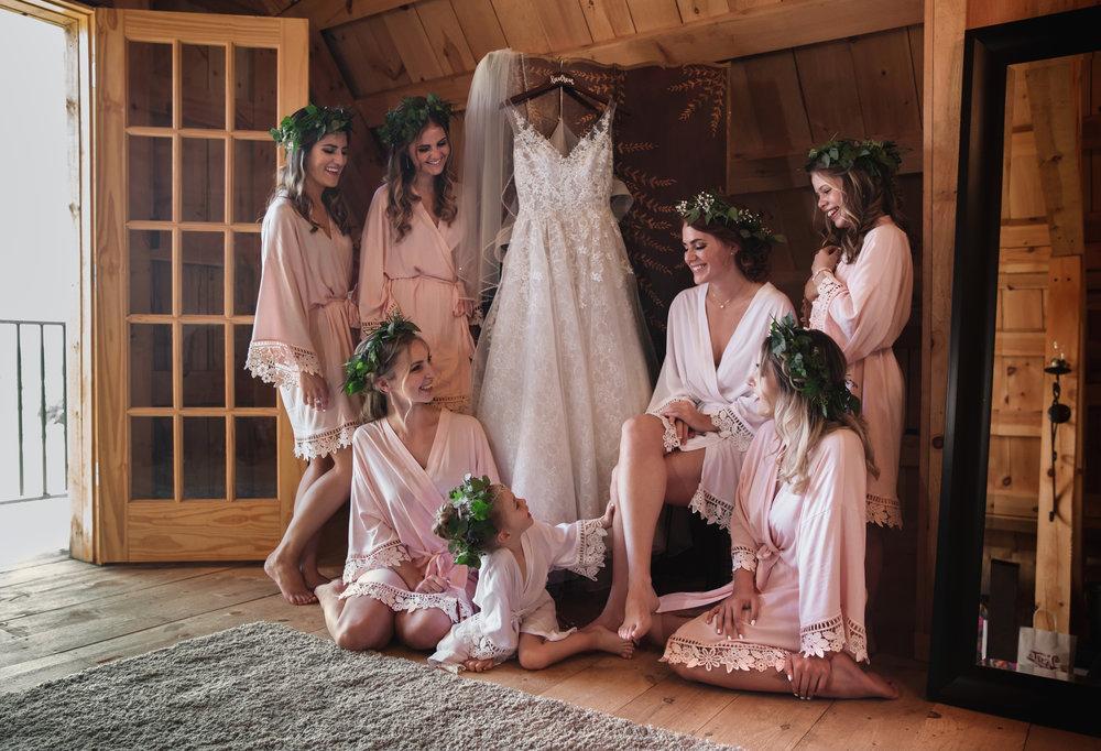 Birchview_outdoor_barn wedding_fenton_michigan_lauren_travis_pop_mod_photo_01.JPG