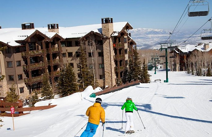 exterior_ski.685x443.jpg