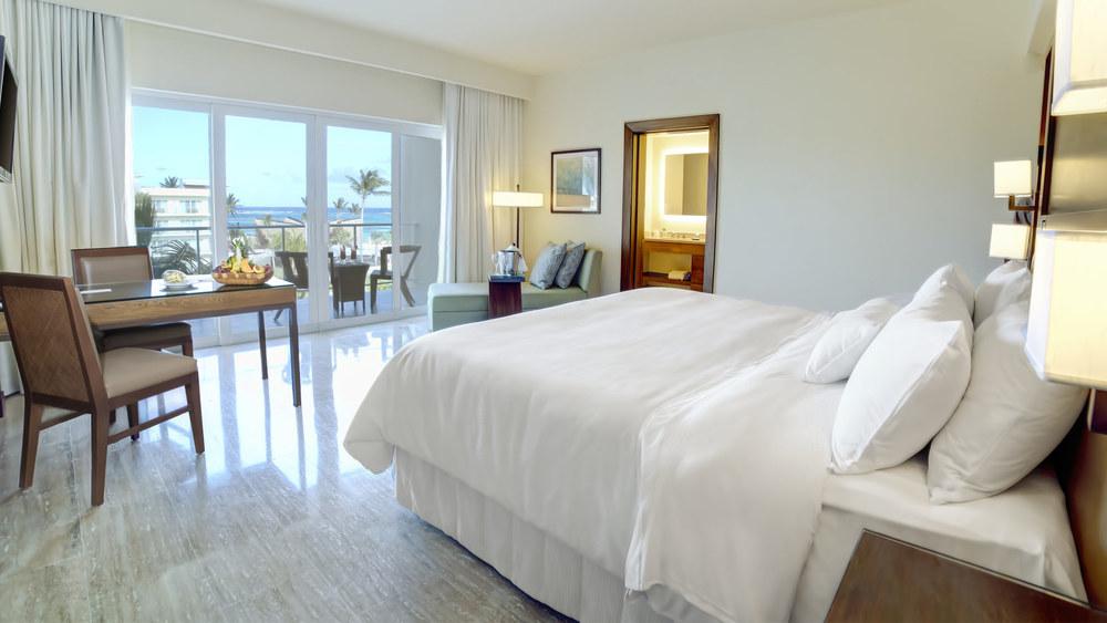 Premium-Room.jpg