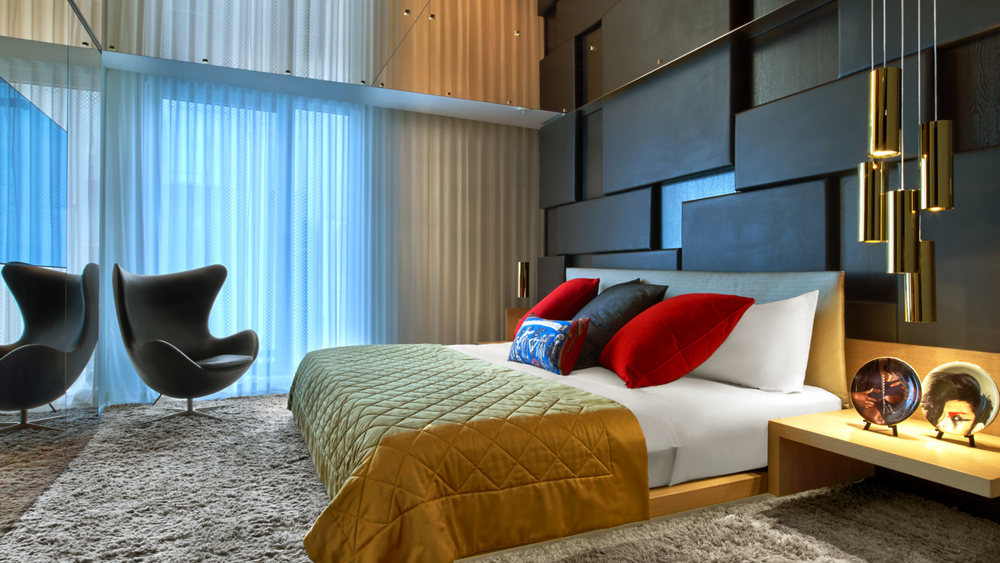 e_wow_suite_bedroom_at_w_london_leicester_square.jpg