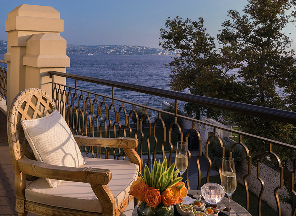 Bosphorus View Duplex Suite.jpg