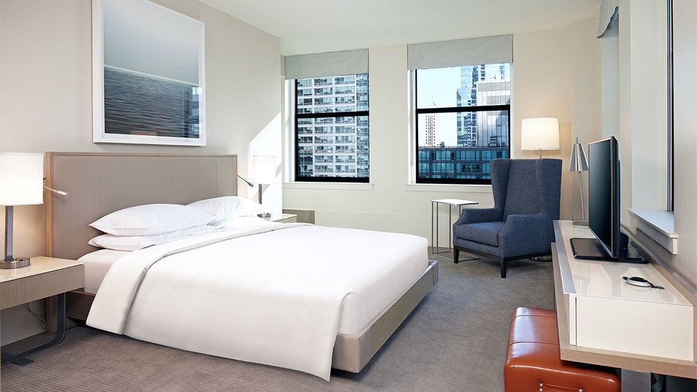 Hyatt-Centric-The-Loop-Chicago-P015-Hyatt-Centric-Suite-King-Bedroom.gallery-2-3-item-panel.jpg