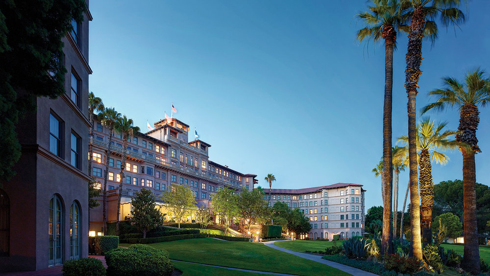 Classic 5-Star Luxury Hotel In Los Angeles - 45-minute drive from Los Angeles LAX