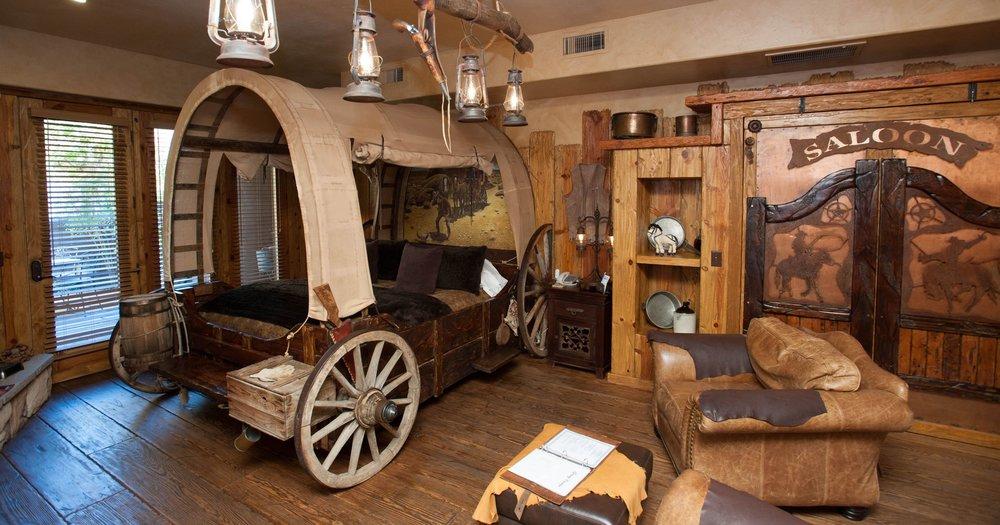 Luxury Bed & Breakfast - 2-hour drive from Phoenix
