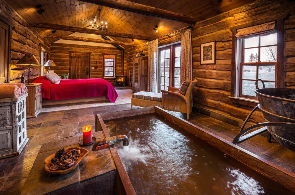 All-inclusive Colorado Luxury Resort Near San Juan National Forest - 7-hour drive from Denver