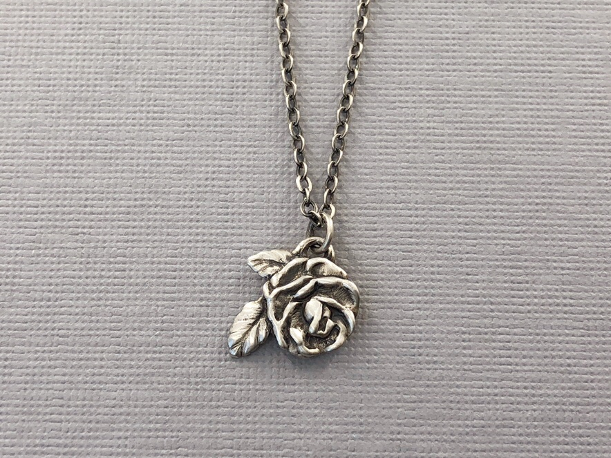 Rose Necklace Silver 8.jpeg