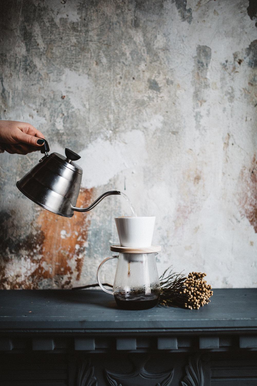 Die schöne japanisch GlaskannePitchii und den Filter haben wir übrigens von Handcraft Coffee.