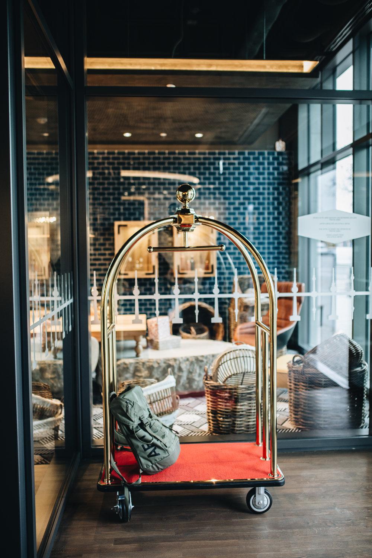 Tourist in der eigenen Stadt? Zu Gast im Hotel Indigo Berlin - East Side Gallery