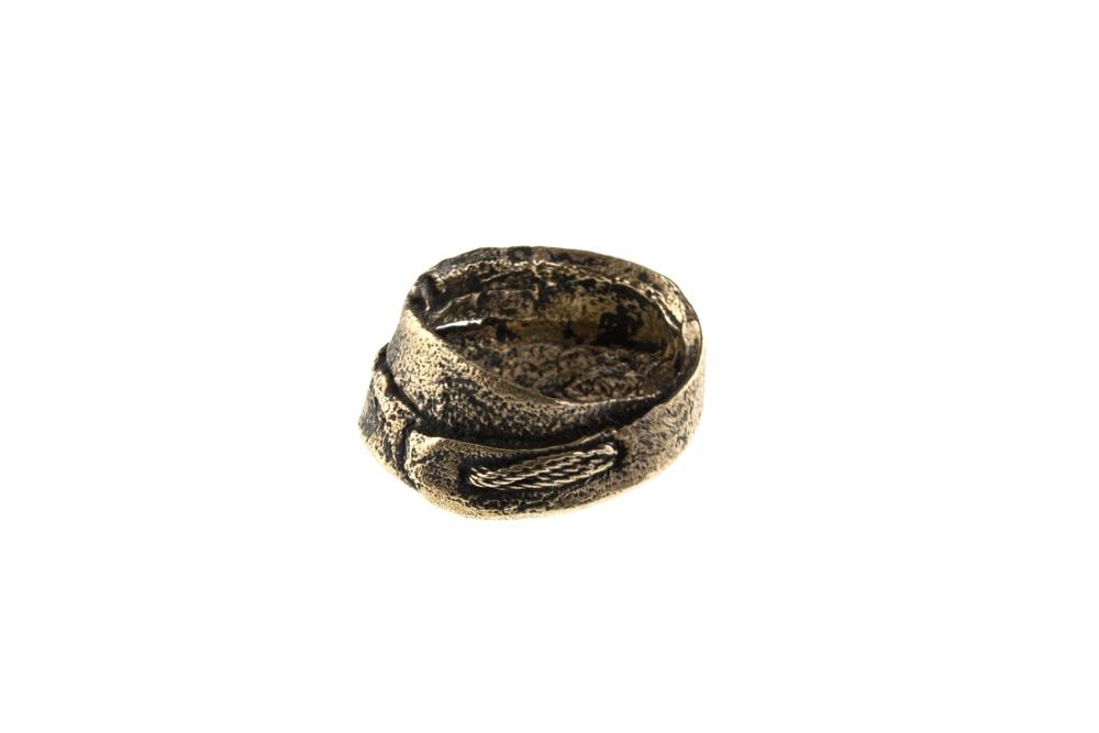 R4 Bronze back2.jpg